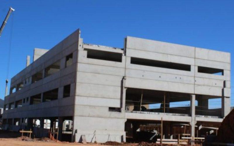 Esta-será-a-maior-unidade-escolar-de-Extrema-550×300