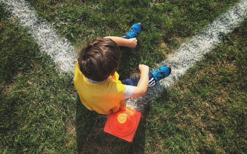 child-sports-football-or-soccer-in-an-outdoor-loca-6CPH647