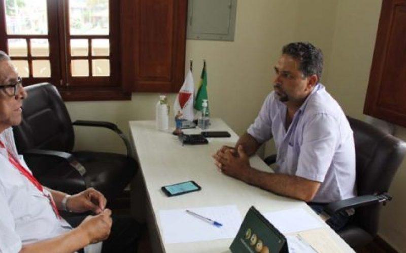 Diretor-da-Gazeta-da-Cidade-Osmar-Paulino-entrevista-o-presidente-da-Câmara-de-Camanducaia-Leandro-Lopes-de-Toledo-o-Leandro-do-Jaguary-550×300