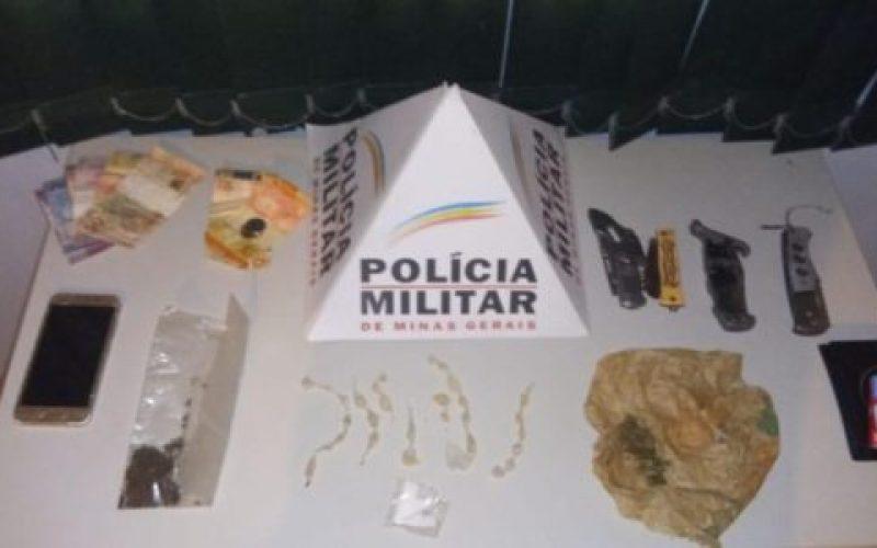 Polícia-Militar-apreendeu-entorpecentes-dinheiro-e-armas-brancas-550×300