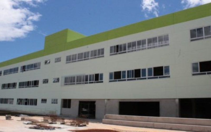 Prédio-possui-três-pavimentos-550×300