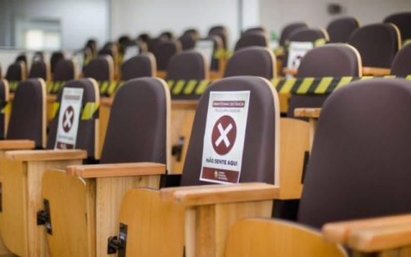 Também-estão-suspensas-temporariamente-as-inscrições-online-para-a-participação-dos-cidadãos-nas-reuniões-550×300