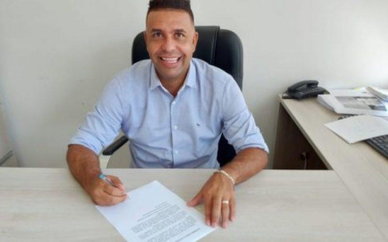 Vereador-Luiz-Fernando-Ferreira-Mantega-550×300