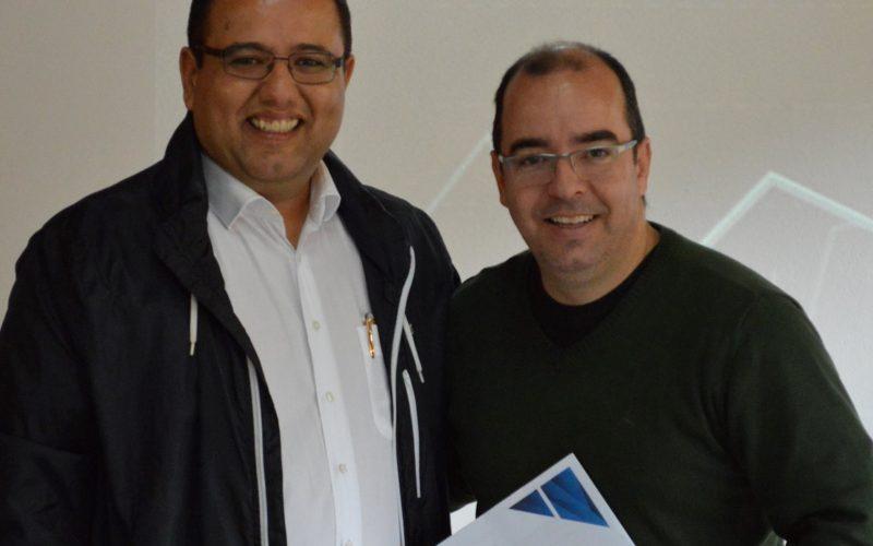 Prefeito João Batista e o secretário de Desenvolvimento Adriano Carvalho