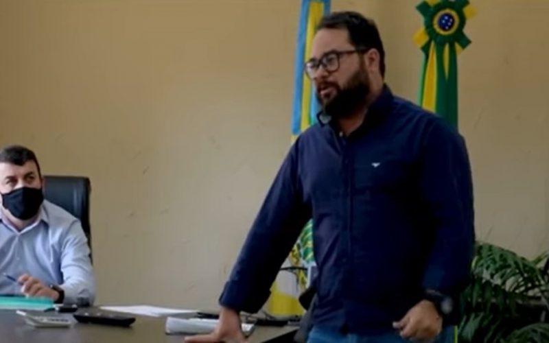 Prefeito Daniel Couto e Tiago Pareto, agente de Desenvolvimento Econômico