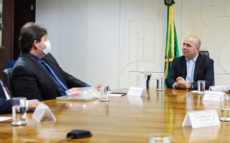 Prefeito Rodrigão e o secretário especial de Produtividade e Competitividade do Ministério da Economia, Carlos Alexandre da Costa